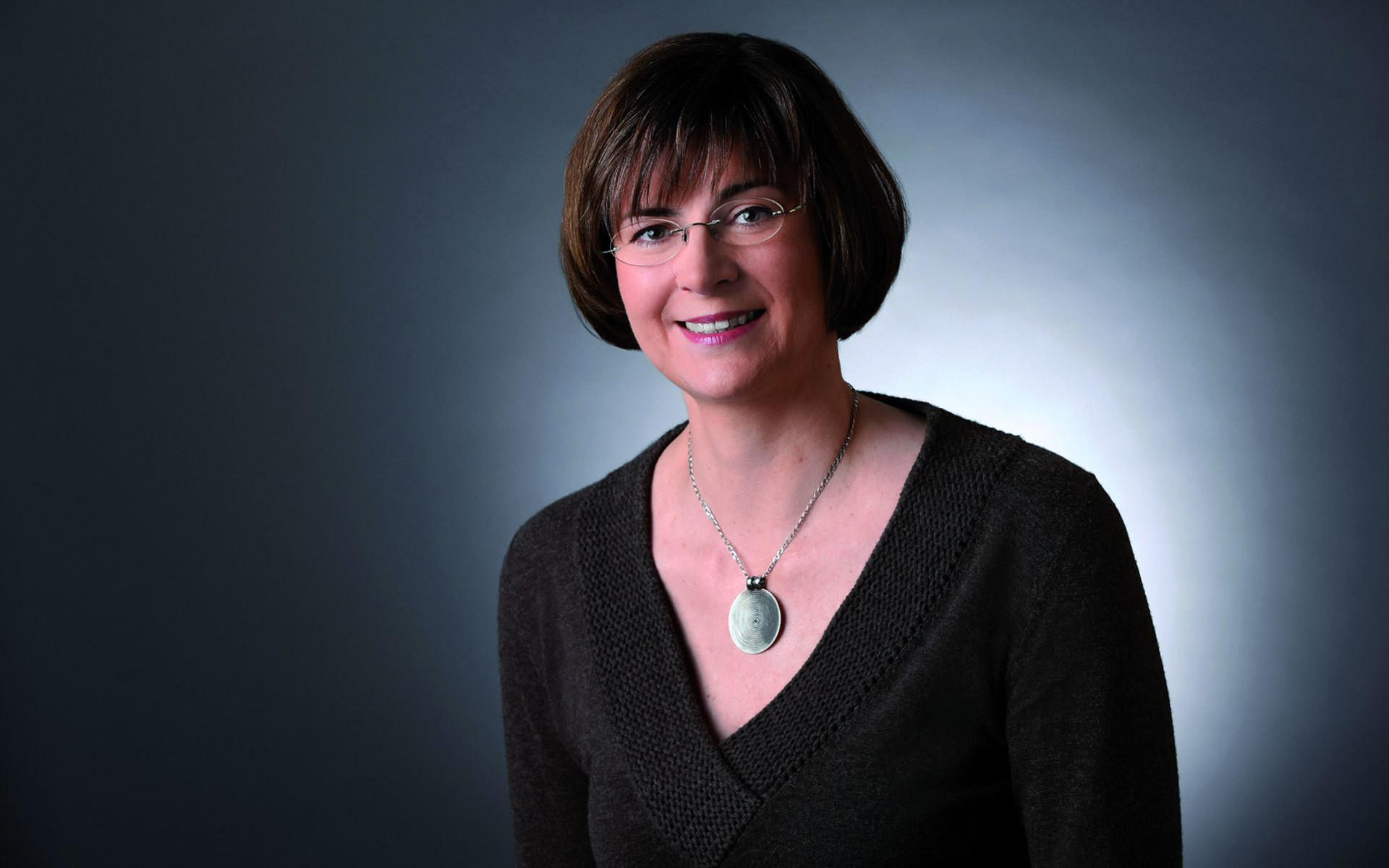 Dr. Thela Wernstedt